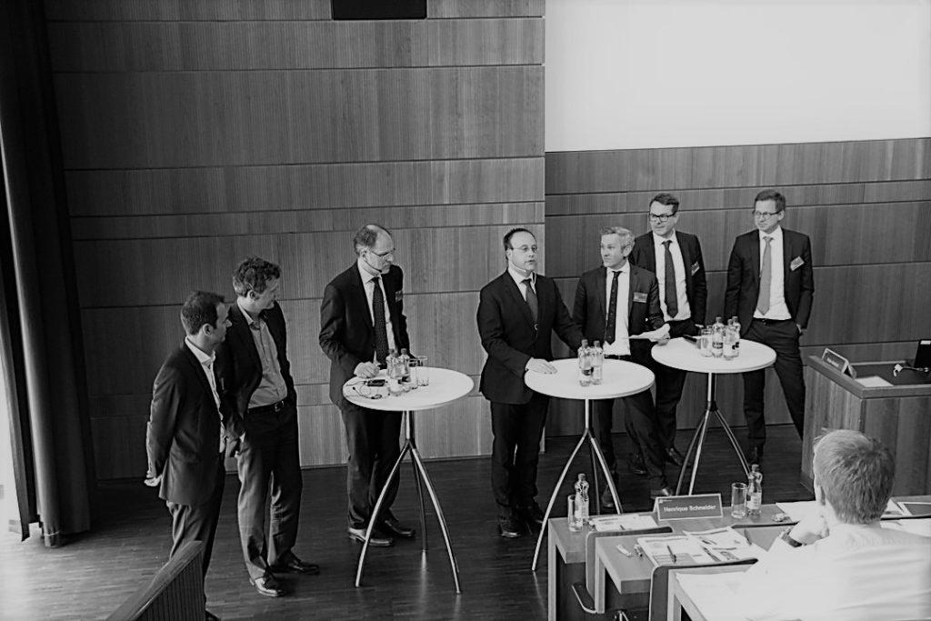 Staatsunternehmen gegen KMU – An der ZHAW-Tagung vom 5. April 2018 fordern Juristen und Ökonomen neue Regeln für einen fairen Wettbewerb