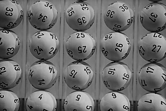Lotteriegelder an Demokratie und Rechtsstaat vorbeigeschleust