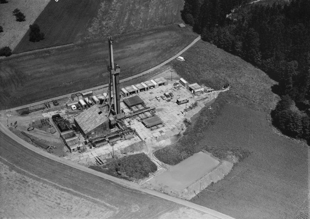 Steuerungsdefizite staatlicher Gesetzgebung in Bewilligungsverfahren der tiefen Geothermie